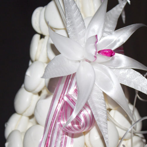 Fleur en sucre tiré sur pièce montée