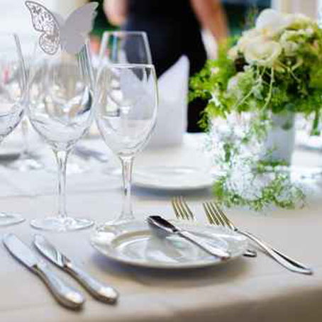 table de mariage près de Marseille