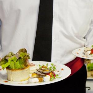 repas de mariage servi près de Marseille