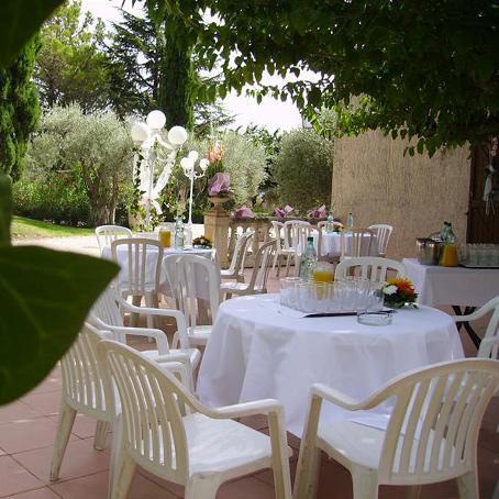 terrasse reception exterieure pres de marseille